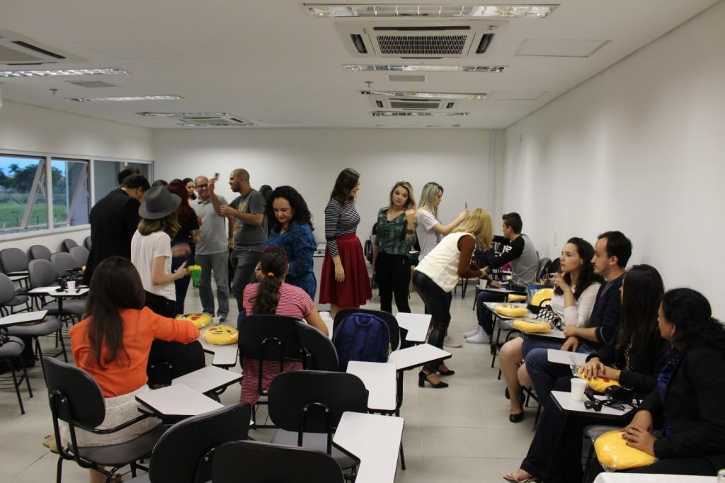 O evento rolou lá no Shopping Pátio Pinda, num auditório interno (fiquei lembrando de quando era criança e via aquelas portas com proibido entrar e ficava imaginando o que tinha por lá. HAHA) Foto de Adriana Palmeira